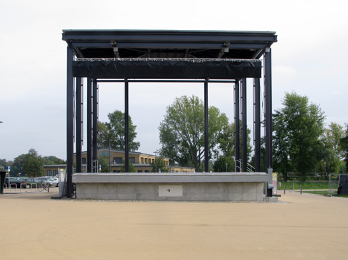 Empty Stage - Berlin