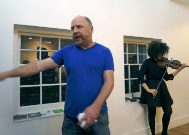 Seeping-Through---Tim-Etchells-and-Aisha-Orazbayeva---Performance-2015---Image-Courtesy-of-the-Artist-72dpi-003