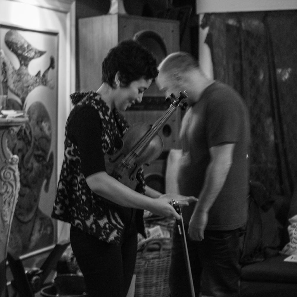 Seeping-Through-EP-Launch---Tim-Etchells-and-Aisha-Orazbayeva---Performance-2015---Image-Credit-Hugo-Glendinning-72dpi-009