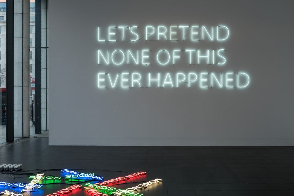 More-Noise-(2016)-&-Let's-Pretend-(Large)-(2014)---Neon---Installation-View-Bloomberg-Space-Jan-Mar-2016----Tim-Etchells---Photo-Hugo-Glendinning-72dpi-002